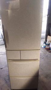 倉敷市川西町付近で回収させて頂いた大型冷蔵庫