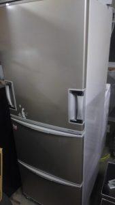 倉敷市笹沖付近で回収させて頂いた大型冷蔵庫